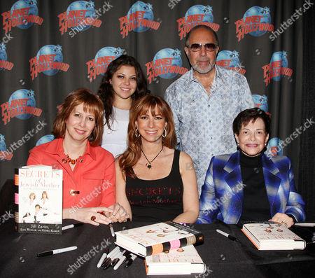 Lisa Wexler, Ally Shapiro Zarin, Jill Zarin, Bobby Zarin and Gloria Kamen