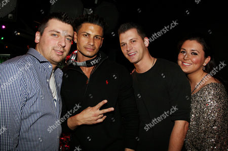 Chris Manzo, Paul DelVecchio (DJ Pauly D), Albie Manzo and Lauren Manz