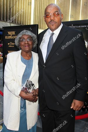 Stock Image of Ken Foree with mother Juanita