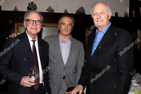 Barry Levinson, Dan Hedaya and Alan Alda