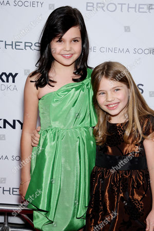 Stock Photo of Bailee Madison,Taylor Geare