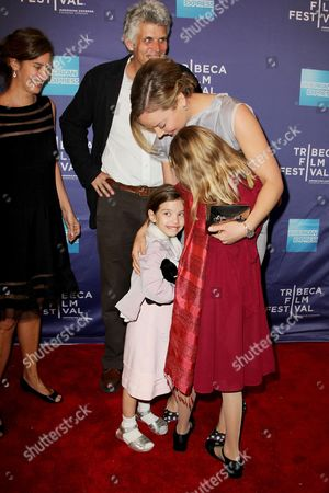 Abbie Cornish with family of David Riker