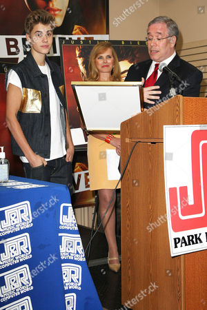 Justin Bieber, Rachelle Friedman and Scott Stringer