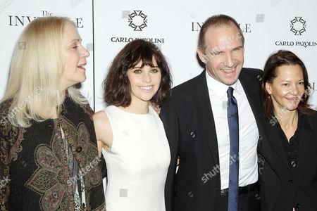 Carolyn Marks Blackwood, Felicity Jones, Ralph Fiennes, Gabrielle Tana