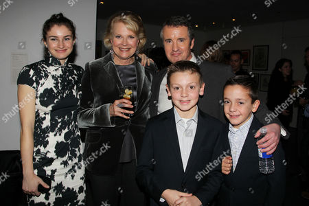 Chloe Malle, Candice Bergen and Grant Shaud with nephews