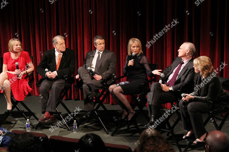 Diane English (Series Creator) and Cast of Murphy Brown - Charles Kimbrough, Grant Shaud, Faith Ford, Joe Regalbuto, Candice Bergen