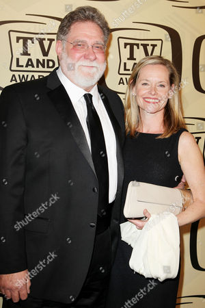 Stock Image of Richard Masur with wife