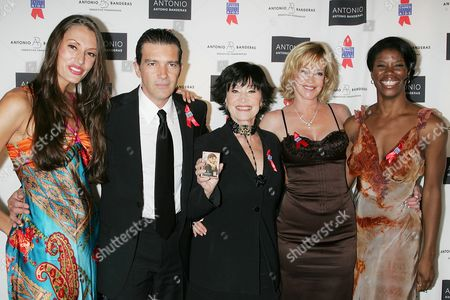 Sara Gettelfinger, Antonio Banderas, Chita Rivera, Melanie Griffith and Deidre Goodwin