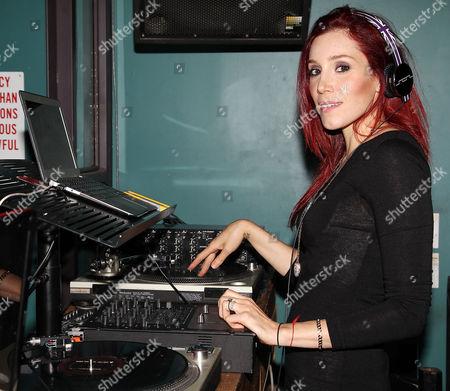 DJ Hesta Prynn