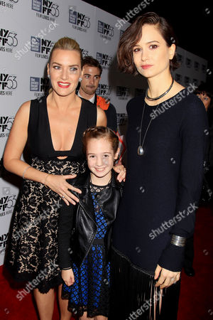 Kate Winslet, Ripley Sobo and Katherine Waterston