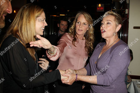Mary McCormack, Helen Hunt and Cheryl Cohen Greene