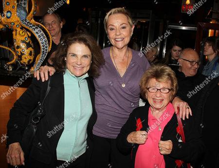 Tovah Feldshuh, Cheryl Cohen Greene and  Dr. Ruth
