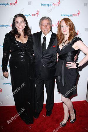 Tony Bennett, Joanna Bennett and Antonia Bennett