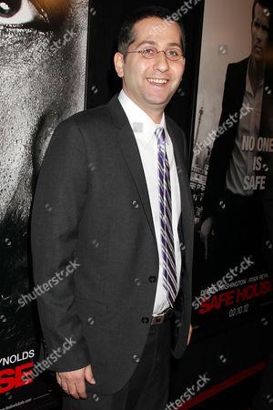 David Guggenheim (writer)