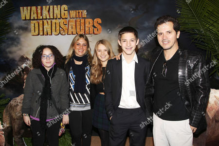 Justine Maurer and John Leguizamo with children Lucas Leguizamo and Allegra Leguizamo and guest