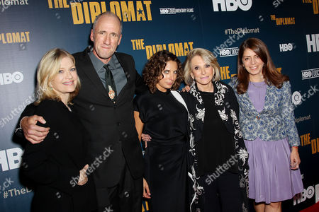 Stock Photo of Diane Sawyer, David Holbrooke (Director), Stacey Reiss (Producer), Sheila Nevins (Pres. HBO Doc. Films), Nancy Abraham (SVP, HBO Doc. Films)