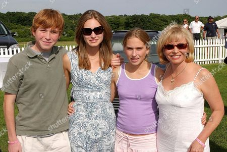 Pierce Bush, Lauren Bush, Ashley Bush and their mother Sharon Bush.