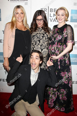 Busy Philipps, Kat Coiro, Evan Rachel Wood and Justin Long