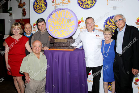 Julie Cole, Paris Themmen, Rusty Goffe, Jacques Torres, Denise Nickerson and Mel Stuart