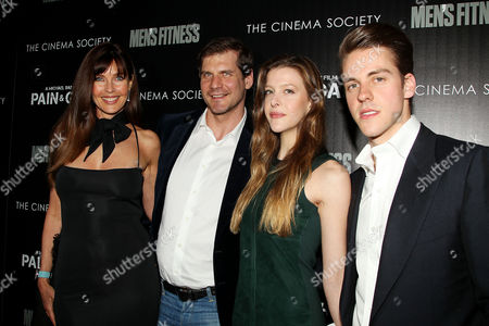 Carol Alt and Alexei Yashin with guests