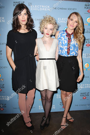 Rebecca Thomas, Julia Garner and Cassidy Gard