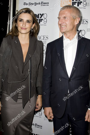 Penelope Cruz and Andrea Illy (Chairman and CEO of illycaffe)