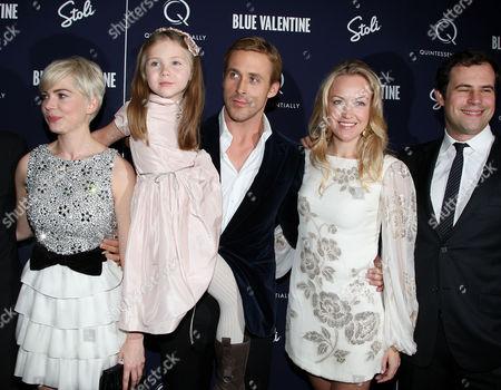 Michelle Williams, Faith Wladyka, Ryan Gosling, Lynette Howell a