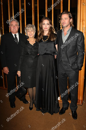 Angelina Jolie and Brad Pitt with Bill and Jane Pitt (parents)