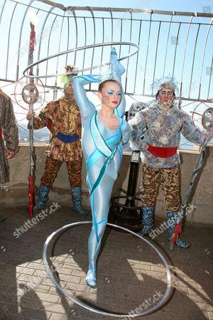 Cirque du Soleil WINTUK contortionist (Elena Lev)