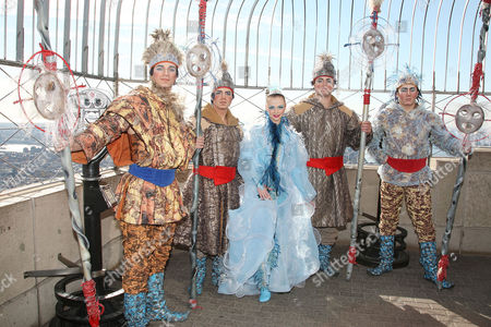Cirque du Soleil WINTUK contortionist (Elena Lev) with People from the North