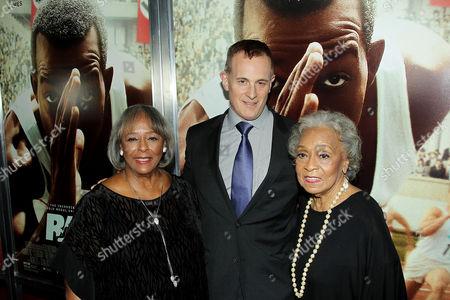 Gloria Owens Hemphill, Peter Schlessel (CEO Focus Features), Marlene Owens Rankin (Daughters)