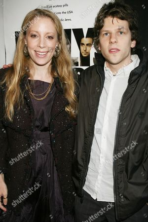 Jennifer Gatien and Jesse Eisenberg