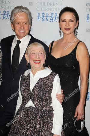 Michael Douglas, Leah Adler and Catherine Zeta-Jones