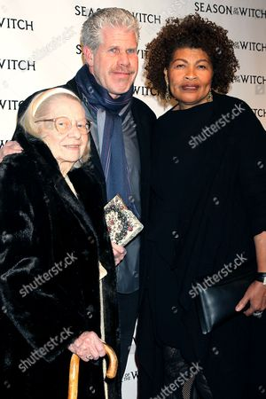 Ron Perlman with Opal Perlman (wife) and Ron's Mother