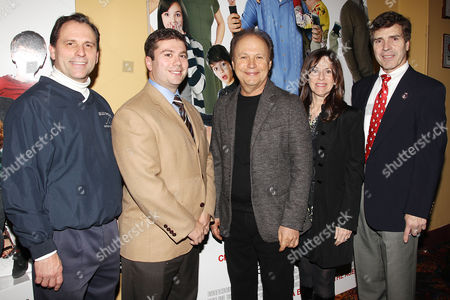Stock Picture of Hilary Rhoda Becker, Jack Schnirman, Billy Crystal, Janice Crystal and Alan Beach