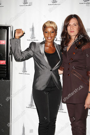 Editorial image of Mary J. Blige Lights Empire State Building Celebrating Gucci for FFAWN Day, New York, America - 16 Sep 2009
