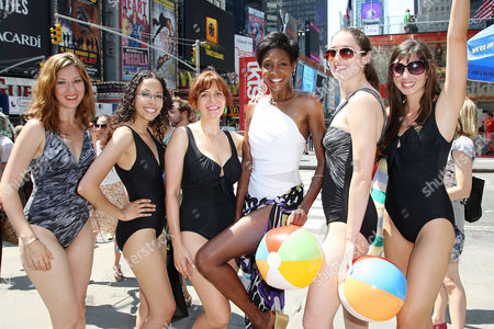 Roshumba Williams and Miraclesuit Models