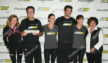 Mary Wittenberg, Jared Fogle, Whitney Phelps, Michael Phelps, Hilary Phelps and Debbie Phelps