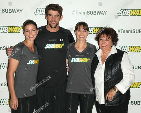 Whitney Phelps, Michael Phelps, Hilary Phelps and Debbie Phelps