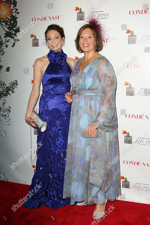 Stock Image of Jill Belasco (Chairman of Fragrance Foundation) and Rochelle Blo