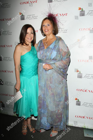 Gina Sanders and Rochelle Bloom (President of FF)