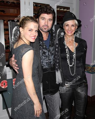 Amy Spanger, Billy Ray Cyrus, Amra-Faye Wright