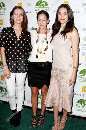 Jessica Stroup, Jane Lauder and Emmy Rossum