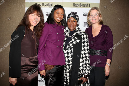 Robin Bronk (Executive Director of Creative Coalition), Cicely Tyson with grandaughter Rebecca Grandison and Jeanne Noonan Eckholdt (Hearst)