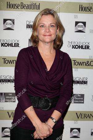 Jeanne Noonan Eckholdt (Hearst)