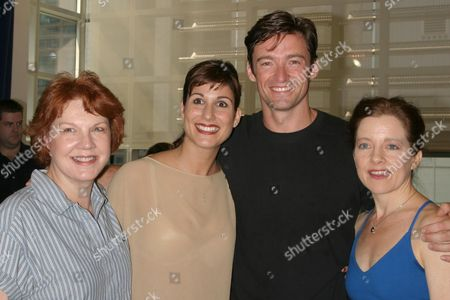 (L-R) Beth Fowler, Stephanie Block, Hugh Jackman, Isabel Keating