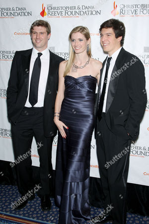 Editorial image of Christopher And Dana Reeve Foundation 19th Annual 'A Magical Evening' Gala, New York, America - 09 Nov 2009