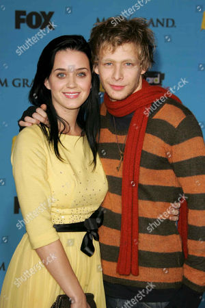 Johnny Lewis and girlfriend Katy Perry