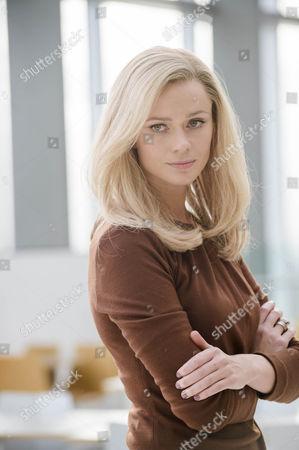 Maeve Dermody as Grace Gibson