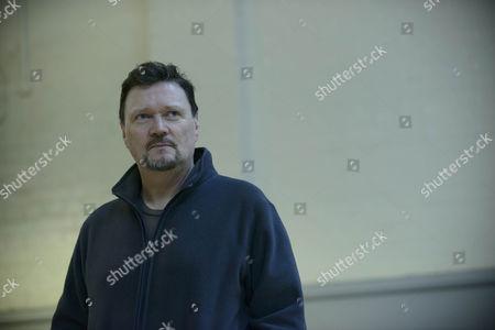 Ian Puleston Davies as Peter Cullen